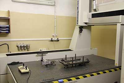 Контрольно-измерительная машина MITUTOYO CRYSTA-APEX C916